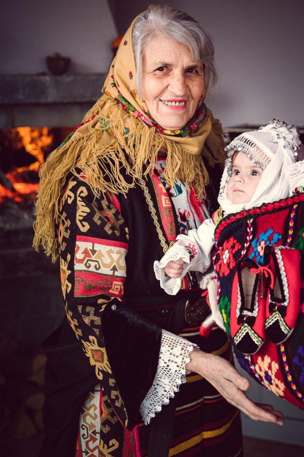 баба внуче род